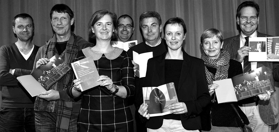 Von links: Christian Ring, Ronald Herzog, Christiane Heuwinkel, Oliver Rügge (Igepa), Hermann Ellersiek, Kerstin Schröder, Cordula Haux, Arnold Stange (Foto: Martin Larius)